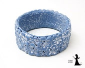 Floral filigree polymer clay bangle - Denim blue bold flowers - polymer clay cuff with tiny flowers - made in Israel