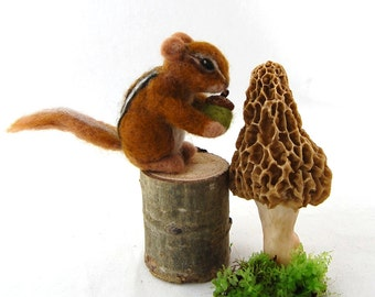 Fall Decor Needle Felted Chipmunk . Waldorf Toy . Wool Felt Animals. Woodland Animal. Needle Felted Animals. Needle Felted Toy. Kids Toy