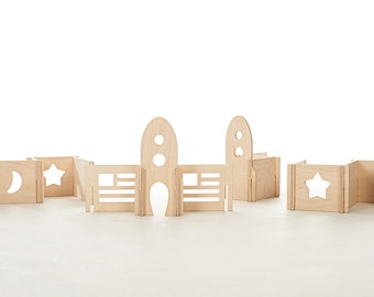 Organic Natural Wood Rocket Play Set // Rocketship Modular Walls Build Your Own Alien Space World with this Montessori Inspired Toy Set