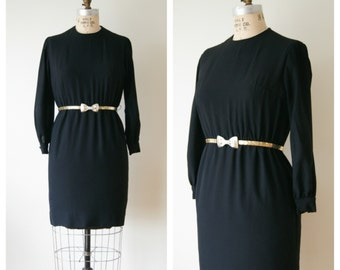 Black Dress. 60s Black Cocktail Dress. Vintage Party Dress. Wiggle Dress. Rayon Dress. Medium.