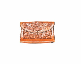 Vintage 70s Mexican Tooled Leather Clutch