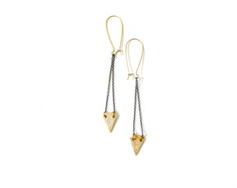 Vintage inspired mini brass triangle earrings // bohemian earrings // hanging // dangle earrings // boho chic