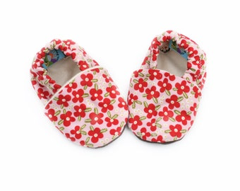 Baby Shoes Organic Baby Girl 0 3 6 12 18 months Floral Print Shoes / Booties Red Flowers on Pink Shoes Organic Cotton