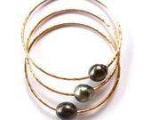 Tahitian Pearl Bangle, Gold Hammered Bracelet, Hawaii Beach Jewelry, Thick 12 Gauge, Genuine Black Pearls, Wedding, Anniversary Gift Idea