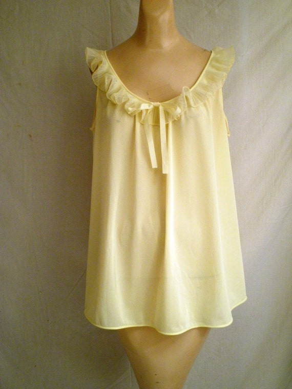 1960s Vintage Baby Doll Nightgown Sunshine Yellow One Size