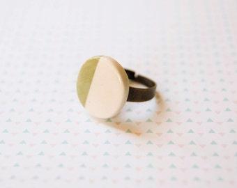 Ceramic jewelry round circle geometric ring, Ceramic jewellery ring, Ceramic jewelry rings, Ceramics & pottery, White green adjustable ring