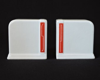 Vintage Art Deco Ceramic Red & White Salt and Pepper Shakers