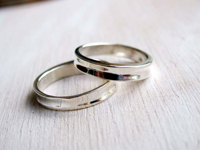 Simple contemporary wedding bands set Elegant Wedding ring
