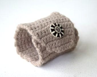 Handmade Crochet  bracelet..Vanilla Beige color bracelet, button Woman Cuff Bracelet, Fashion Summer Jewelery Bracelet, Knit Cuff Bracelett