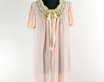 Vintage 40s or 50s Peignoir Robe Pink Dressing Gown