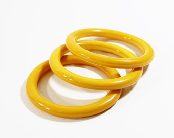 1930s bakelite bangles butterscotch yellow swirl end of day stack set trio