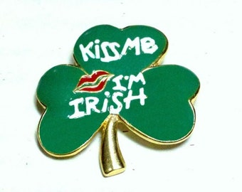 Kiss Me I'm Irish shamrock brooch in white on green enamel with red lips SFJ signed