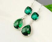 Emerald Green Earrings - Silver Green Glass Drop Earrings - Bridesmaid Earrings - Wedding Jewelry - Crystal Earrings - Bridesmaid Jewelry