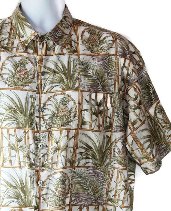 SALE - Tori Richard / Hawaiian Shirt /  Ethnic / Tiki / Beach / Palm Trees / 80s
