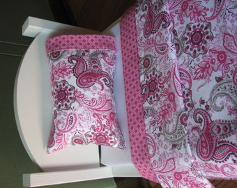 "18"" doll sized blanket / pillow / pillowcase set - Pink and grey paisley"