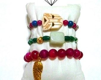 Set of 3 bracelets, GEMSTONE bracelets, CHARM bracelets, BOHO style bracelets, beach bracelets, summer bracelet, feather charm, gold skull
