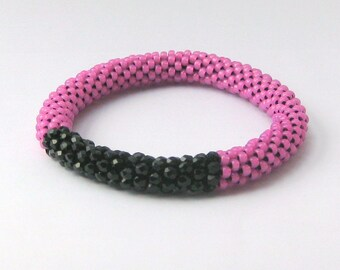 FREE SHIPPING Black and Hot Pink Bead Crochet Bangle Bracelet