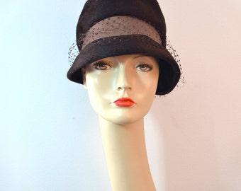 1960s Vintage Dowa Brown Faux Fur Mod Cloche Hat