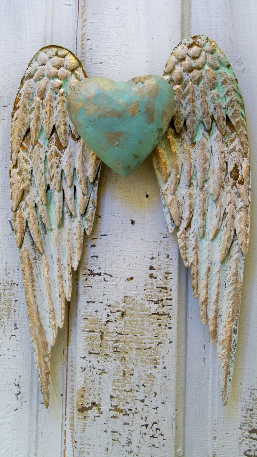 Angel Wings Wall Decor With Heart White And Gold Shabby Chic