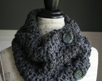 CHARCOAL GREY Versatile Scarf with 3 black buttons, crocheted