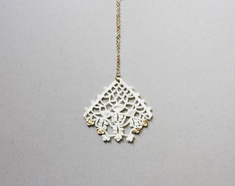 Lace necklace gold and white, boho chic necklace