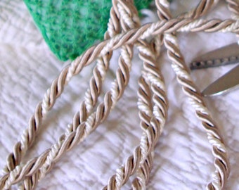 Elegant Decorator Weight Champagne and Ivory Twist Cord Trim for Home Decor and Sewing Projects