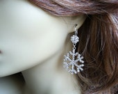 Snowflake earrings, christmas wedding, winter jewelry, snowflake wedding, snowflake jewelry, christmas, Winter Wedding, winter, rhinestone
