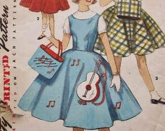 1950s Girls Jumper Skirt and Tote Bag Vintage Sewing Pattern Simplicity 1364 Bust 30