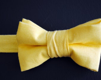 Men's Self-Tie Freestyle Pre-Tied Bow Tie - Solid Yellow