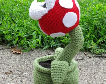 Piranha Plant in a pipe plush amigurmi