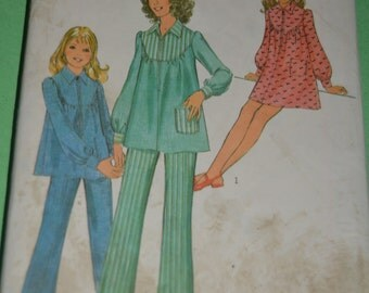 Vintage 70s Style 3703 Girls Smock Dress or Tunic and Trousers Sewing Pattern - Size 12