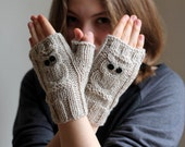 VALENTINES DAY GIFT! Fast Shipping.  Gift for her. Stone beige gloves, fingerless gloves, handmade gloves. Xmas Gift.Ready to shipping.