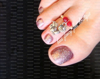 SALE - Toe Ring - Fox Charm - Red Crystals - Silver - Stretch Bead Toe Ring