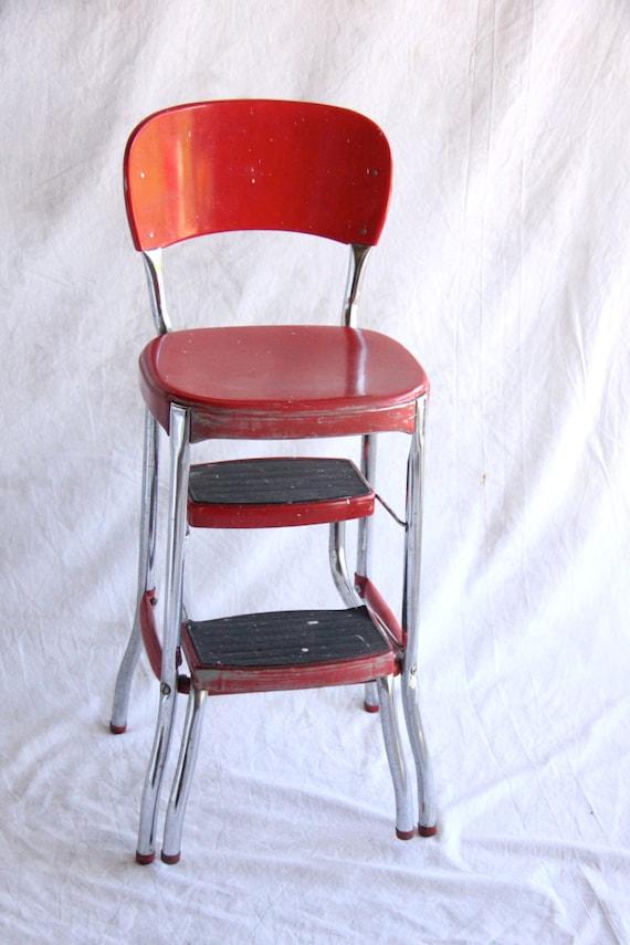 streaked stool