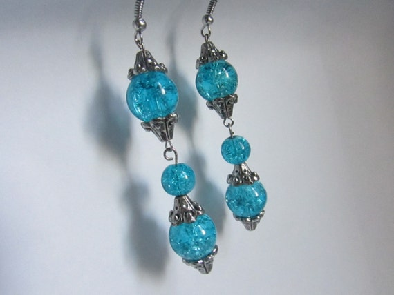 Turquoise glass beaded crackle dangle silver earrings