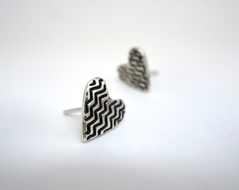 Zig Zag Post Earrings in Heart Shape - Tiny Sterling Silver Heart Studs with Geometric Design