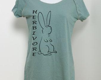 Herbivore T Shirt Bunny Rabbit Vegan Vegetarian 100% Organic Cotton Raglan T Shirt Women's Ladies Teen Girls Ecofriendly Animal Tee