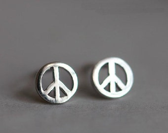 925 Sterling Silver Antiwar Silver Stud Earrings 549