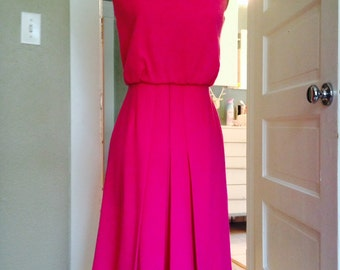 Mad Men special pink b line secretary sexy dress in amazing 60s wool
