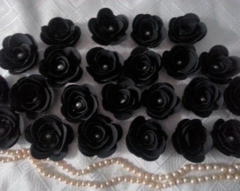 100 BLACK  PAPER FLowers With Pearl Centre