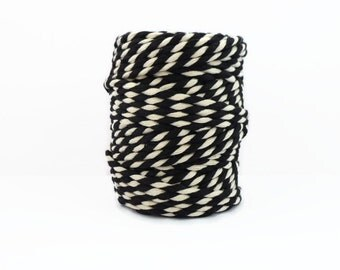 Chunky Black Baker's Twine  20m - Thick Black & White Packaging String - 4mm Diameter