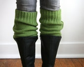 The XL Boot Cuff / Chunky Upcycled Boot Toppers / 100% Recycled Lambswool / Grass Green Boot Warmer / Plus size / Legwarmer thigh-high