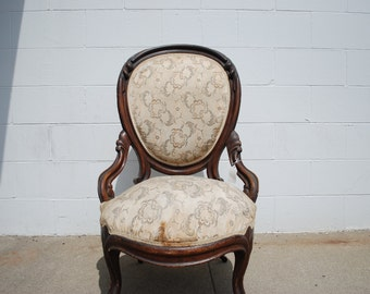Antique Victorian Ladies Parlor Chair ***Store Pick Up Only***