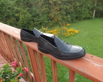Sale size Medium Rubbers men natural rubber shoes  Waterproof, Rain shoes,Totes,vintage rubbers.  Mens Rubber Galoshes. Rubber Overshoes
