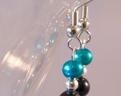 Freshwater pearl earrings in black and teal Jacksonville Jaguars, San Jose Sharks - SportyPearls