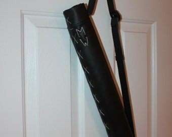 Personalized Real Archery Quiver, Functional Faux Leather Quiver, Arrow Holder for Archery Fans of Hunger Games, Renaissance & Lord of Rings