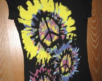 Juniors Tie Dye Peace Black T-Shirt 30/28/30