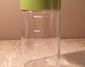 Vintage Pyrex Storage Canister with Measurements - Avocado Green Lid - 4 cup canister - PackandAlleys