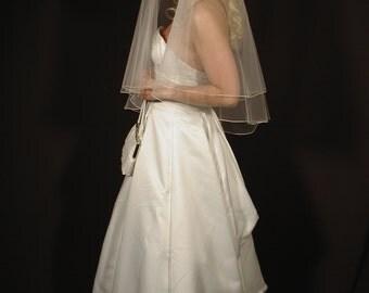 Wedding veil. 30/34 oval gather center top with pencil edging. Bridal veil. Drop veil.