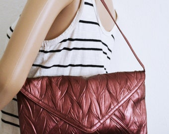 Jessica McClintock purse,bag,Metallic, Plum ,Shoulder Bag,faux leather